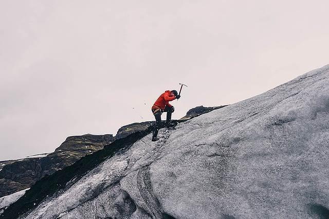 山登りの途中で引き返せない